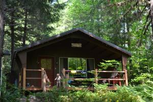 4 cabin