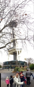First we played around in the parks under the space needle.  Papi played with the panoramic photo function on his phone.