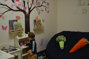 The thing I was most concerned about prior to my dental check up today was if they had toys.  Well, to our very pleasant surprise they had an entire room set up for us!  Rafa made a snack in the kitchen whilst I was with the dentist.