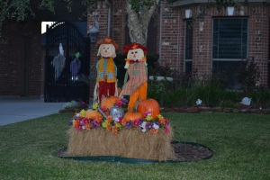 We saw met some nice scarecrow families.
