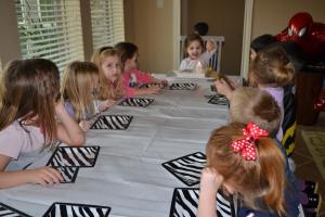 birthday white tiger table