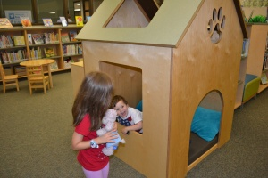 There was even a dog house in the library!